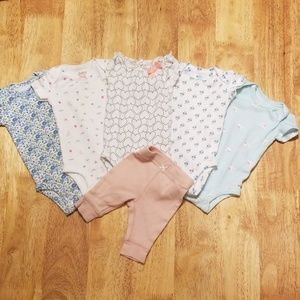 Carter's NB Onsies and pant